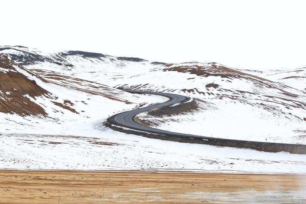 Snow removal heavy-duty truck