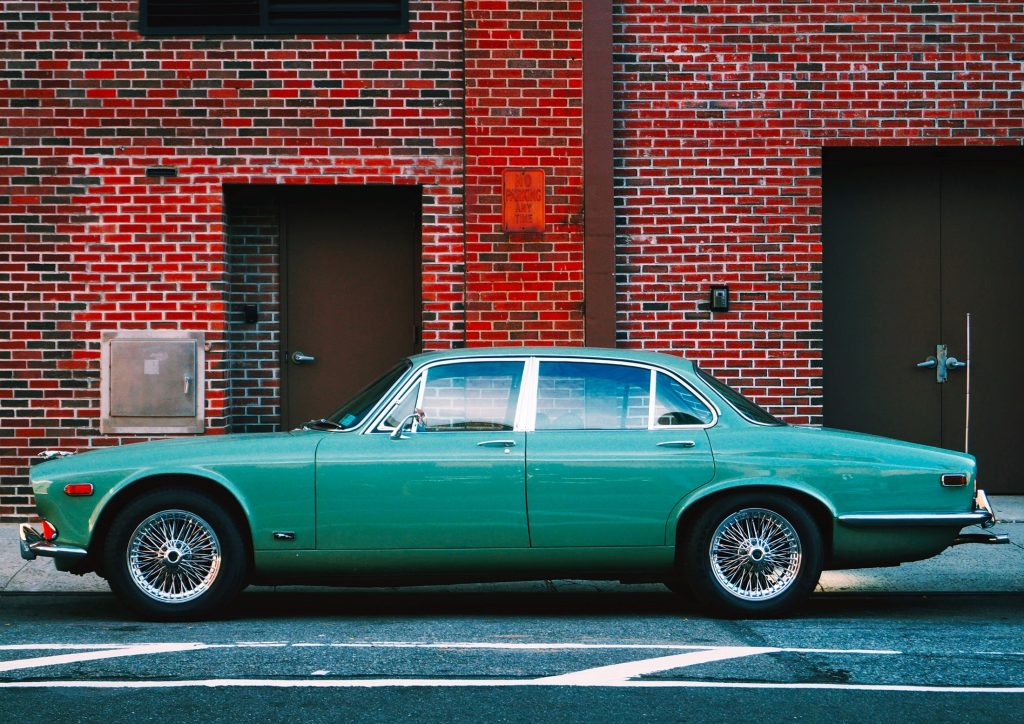 Car color was more modest in this decade, the history of car colors in the 1970s