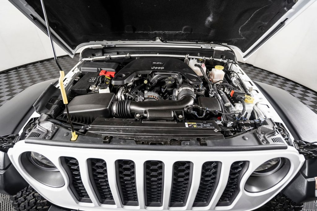 what's under the hood of the Jeep Gladiator?